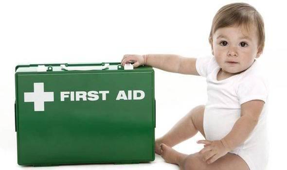 Πρώτες Βοήθειες για βρέφη και παιδιά στα ελληνικά