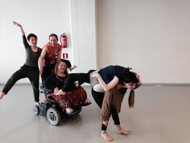 Χορός μικτών ικανοτήτων (inclusive dance)